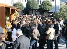 Acqulagna, un momento della Fiera in piazza Enrico Mattei
