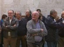 Un gruppo di turisti in visita alla mostra I pittori del Sacro Cuore