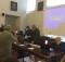 Il presidente della Conferenza e sindaco di Urbino, Maurizio Gambini (a destra del microfono con cravatta) e il presidente della Provincia di Pesaro e Urbino e sindaco di Peglio, Daniele Tagliolini  danno lettura del documento votato e approvato