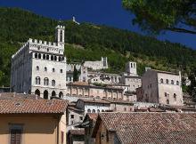 800px-Gubbio_Palazzo_dei_Consoli_z02