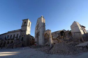 Norcia-dopo-il-terremoto