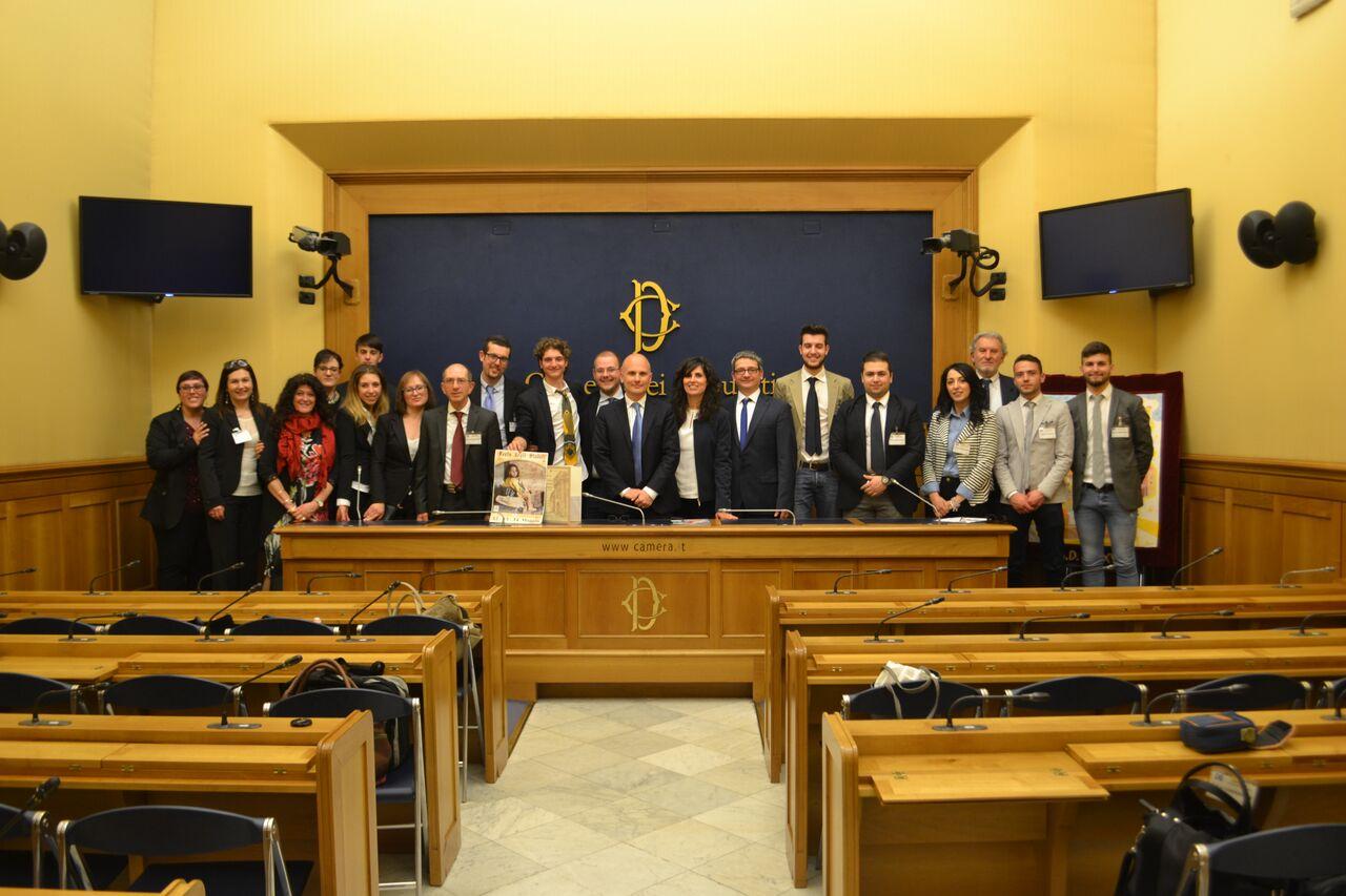 La festa degli statuti presentata alla camera dei deputati for Camera dei deputati diretta tv